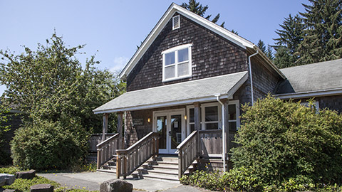 Photo of Rippey Library, Oregon Institute of Marine Biology