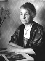 Mrs. William J. Hutchins